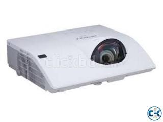 Hitachi CP-CX300WN 3100 Lumens Short Throw Projector