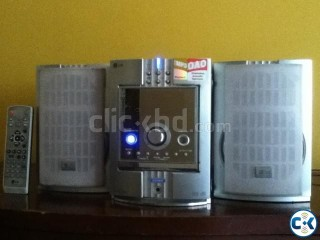 LG HOME SPEAKERS STEREO SYSTEM FROM AUSTRALIA