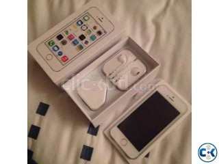 Brand New Looks Unlockd iPhone 5s 64GB White Box