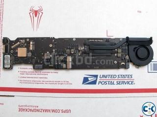 Apple Macbook Air 13 A1466 mid 2013 i7 1.7Ghz logic board 8