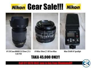 Nikon SB 600 i-ttl flash 18-135 zoom and 50mm lens for SALE