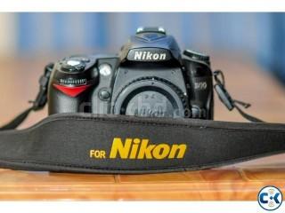 Nikon D90 DSLR Camera Only Body