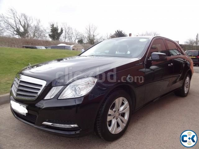 MERCEDES E220 | ClickBD large image 0