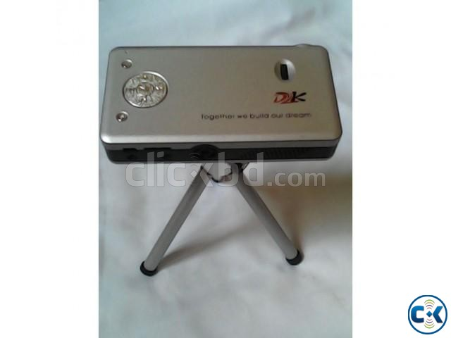 Brand new high resolution portable mini 5 projector clickbd for High resolution mini projector