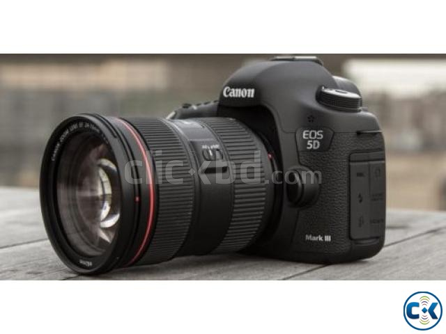 Canon EOS-5D Mark III 22.3 MP Digital Camera W Canon 24-105 | ClickBD large image 3