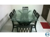 New condition new model dining table with Warranty