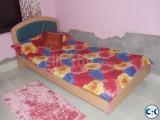 5 years used otobi single bed