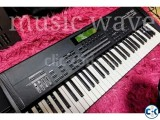 brand new Roland xp 60 keyboard or case