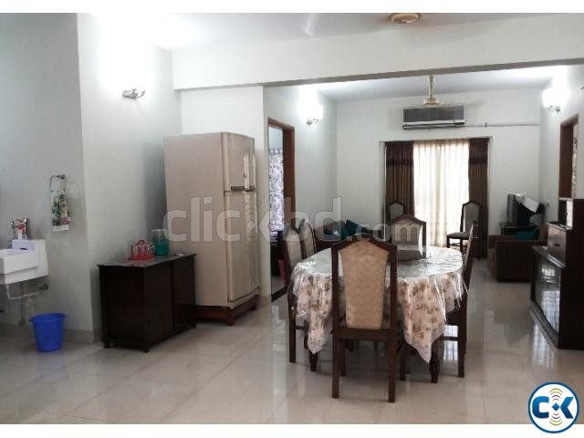 Looking for fully furnished Apt. Vacation Rental in Dhaka  | ClickBD large image 3