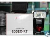 Canon 600 EX-RT speedlite flash
