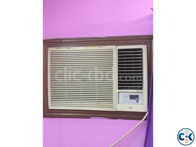 Sell Used 1 5 Ton Window Air Conditioner Clickbd