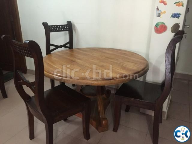 Round top dining table with chairs clickbd