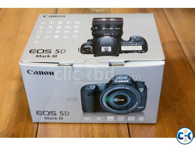 Canon EOS 5D Mark III 22.3 MP DSLR Camera 24-105mm f 4L IS | ClickBD large image 3