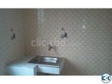 4th floor flat available for rent