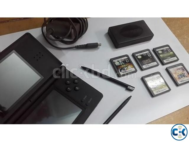 Nintendo DS lite 5 games.   ClickBD large image 0