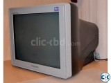 17 Samsung Flat Screen CRT Monitor