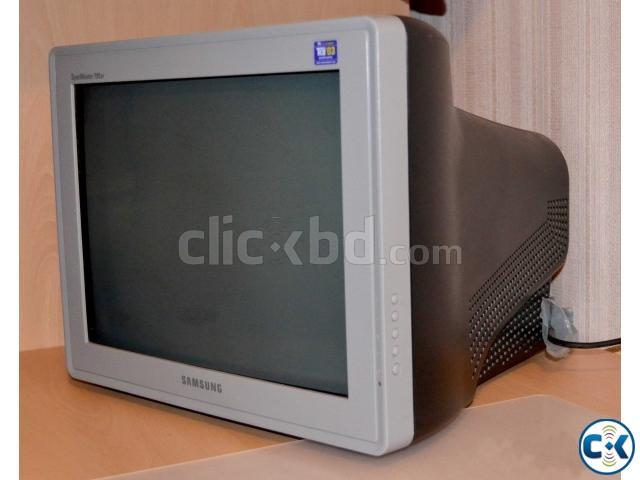 17 Samsung Flat Screen CRT Monitor | ClickBD large image 0