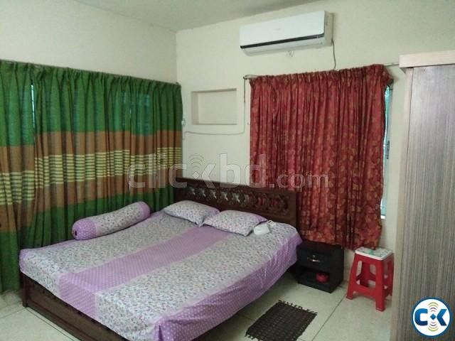 Fully Furnished Apartments and room rents in Uttara | ClickBD large image 1