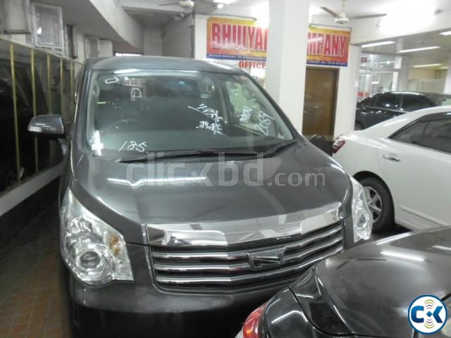 TOYOTA NOAH SI 2011 | ClickBD large image 0