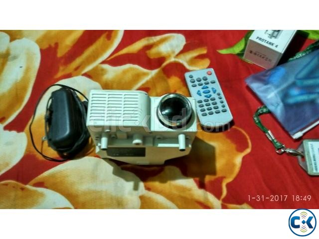 Mini Projector for sell | ClickBD large image 2