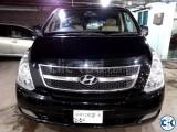 Hyundai H1 Like New