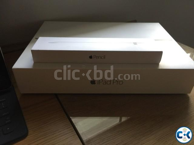 12.9in iPad Pro Wi Fi 4G Cellular. From Switzerland | ClickBD large image 2