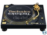 TECHNIC TURNTABLE