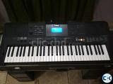 Yamaha PSR E453 2 Month Used For Studio Purpose