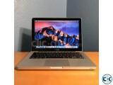 Macbook Pro 15 inch 8 GB RAM 1000TB Harddisk
