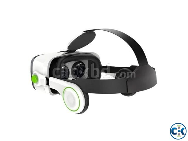 VR Z4 3D Glasses with Headphone | ClickBD large image 0