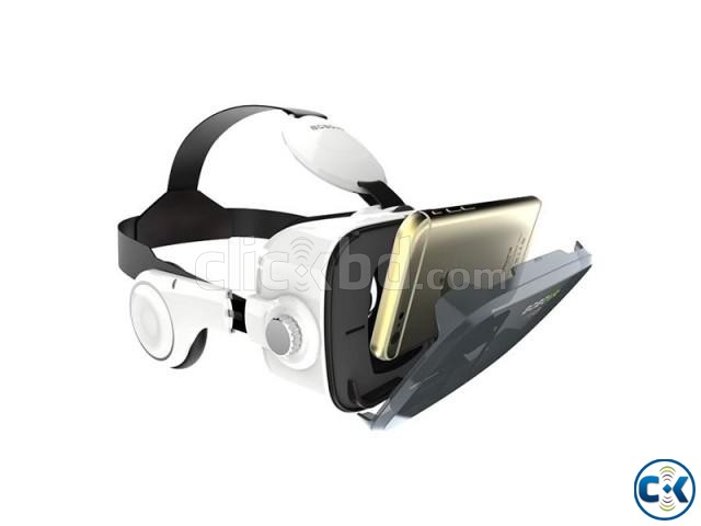 VR Z4 3D Glasses with Headphone | ClickBD large image 1
