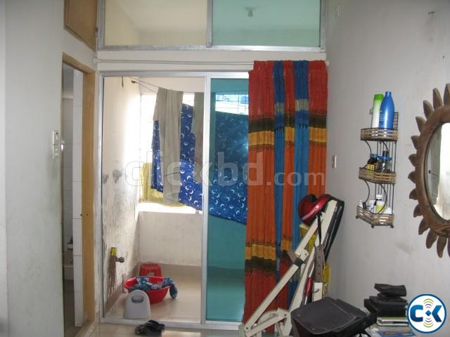 Used 1100 Sft Flat for sale | ClickBD large image 3