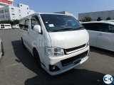 HIACE SUPER GL With SUNROOF