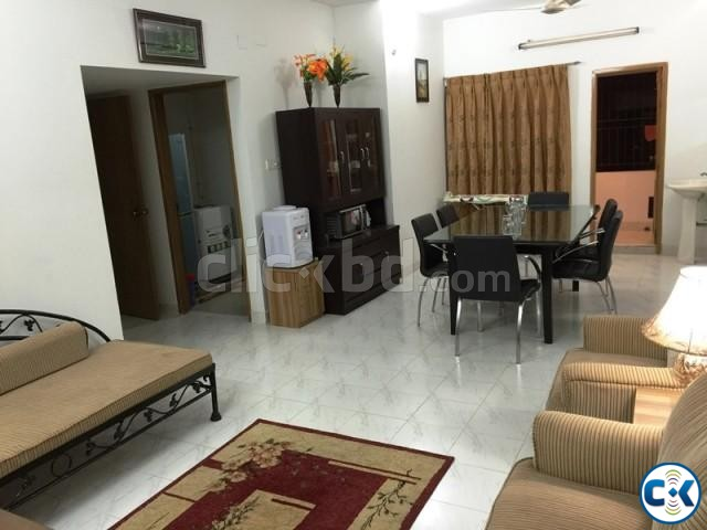 2250 Sft. 3 bed Fully Furnished Apartment for rent at Banani | ClickBD large image 3