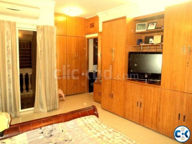 1950sft Apartment Rent Banani | ClickBD large image 0
