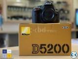 Nikon D5200 Vari-angle LCD DSLR with 18-55mm Lens