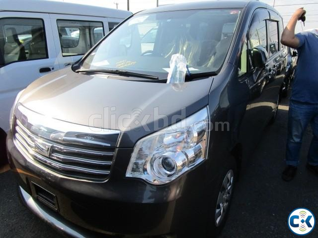 TOYOTA NOAH XL-SLECTION | ClickBD large image 1