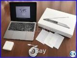MacBook Pro 13.3 512GB with Touchbar