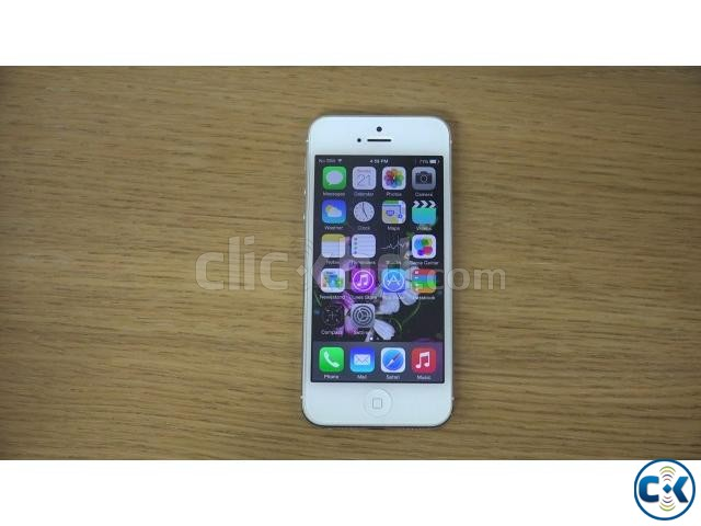 IPhone 5 16GB Silver with accessories | ClickBD large image 0