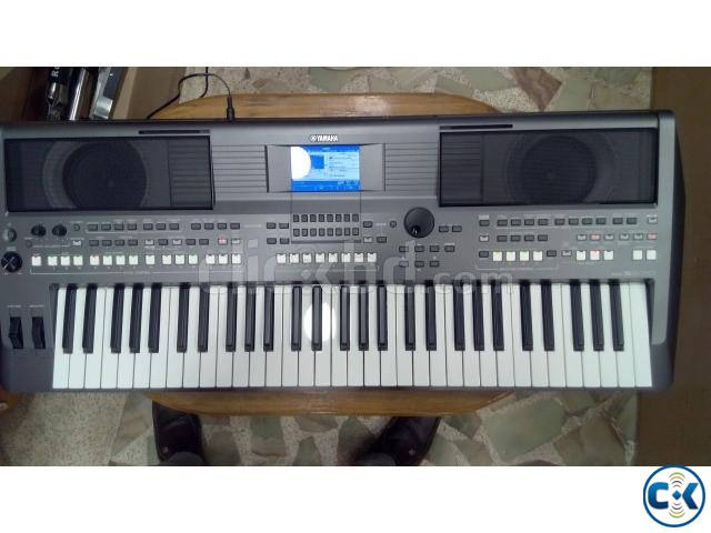 intact brand new yamaha psr s670 pro clickbd. Black Bedroom Furniture Sets. Home Design Ideas
