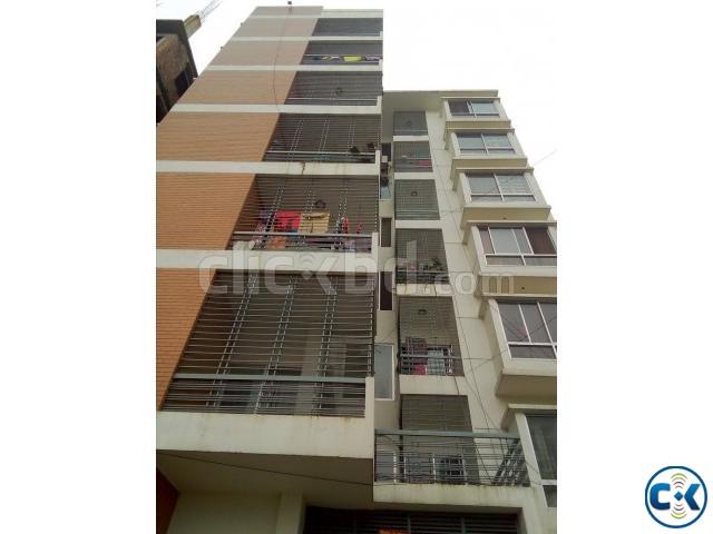 2000sft slightly used apartment at Bashundhara Block i | ClickBD large image 0