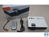 UNIC UC40 800LM LED Multimedia Projector