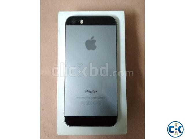 iPhone 5S 32GB Gray Color Factory Unlock | ClickBD large image 2