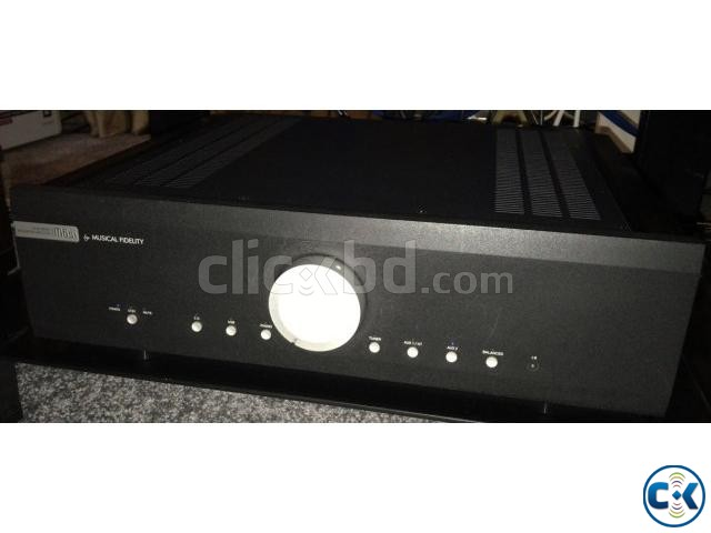Musical Fidelity Amplifier M6si and Musical Fidelity CD Play | ClickBD large image 2
