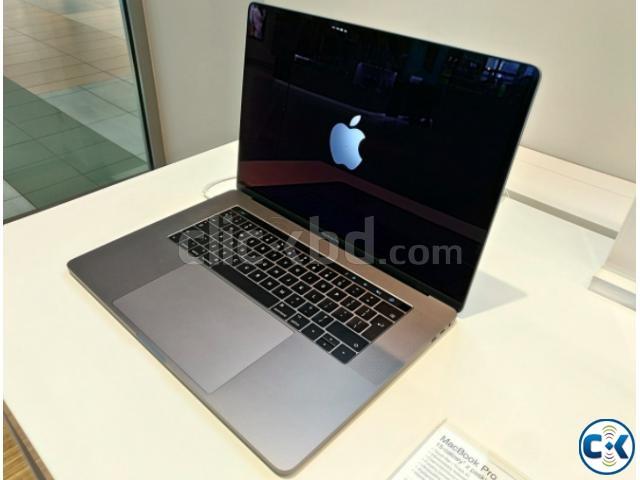 MacBook Pro 13 - Apple (RU)