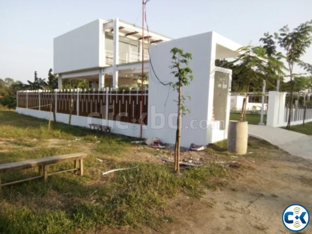 Park Facing Plot in Purbachal | ClickBD large image 0