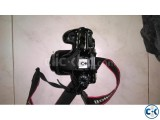 Canon 70D with 50mm prime lens STM camera bag and 32gb Sd