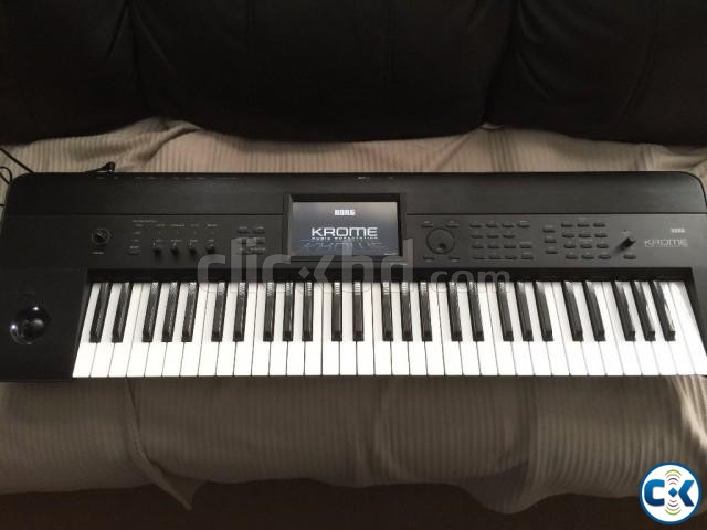 Brand New Intact Korg Krome Touchscreen    ClickBD large image 1