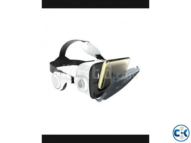 VR Z4 3D Glasses with Headphone White | ClickBD large image 0