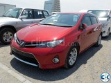 TOYOTA AURIS S RED 2013